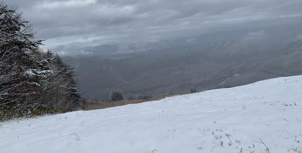 スキー場の頂上